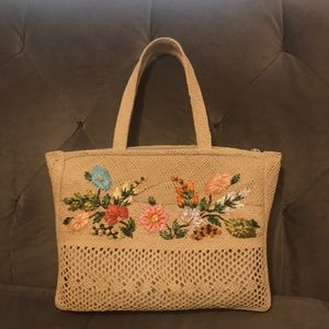 Handbags - Vintage Straw Handbag with Flowers.